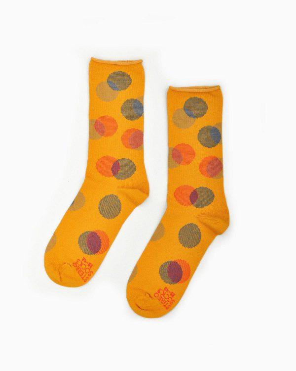 Senfgelbe Socken mit Punkten